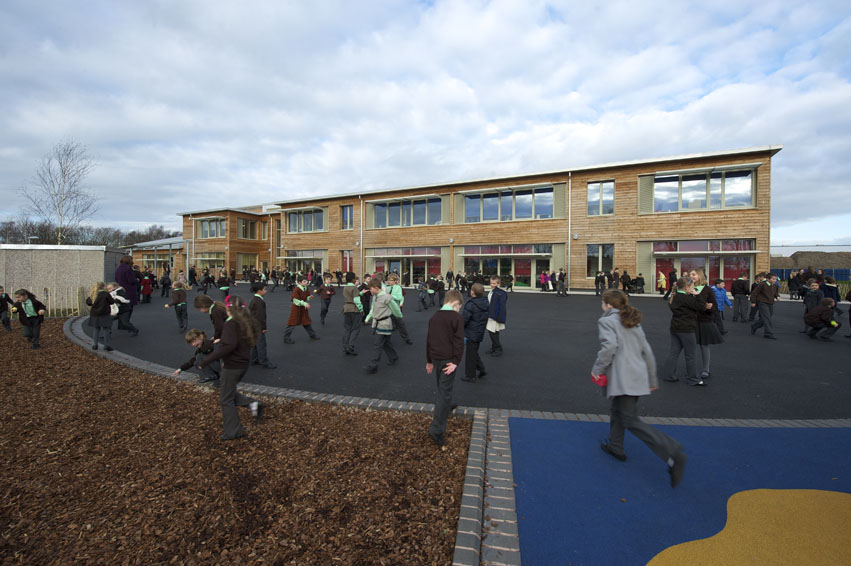 Oakmeadow Primary School, Non-Domestic winner 2012